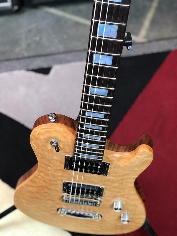 SC Carved Top - natural maple